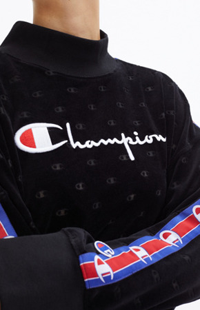 Champion High Neck Sweatshirt Schwarz 110975/KL001